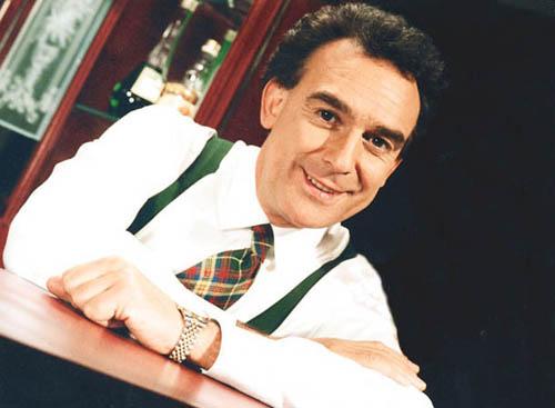 César Antonio Santis