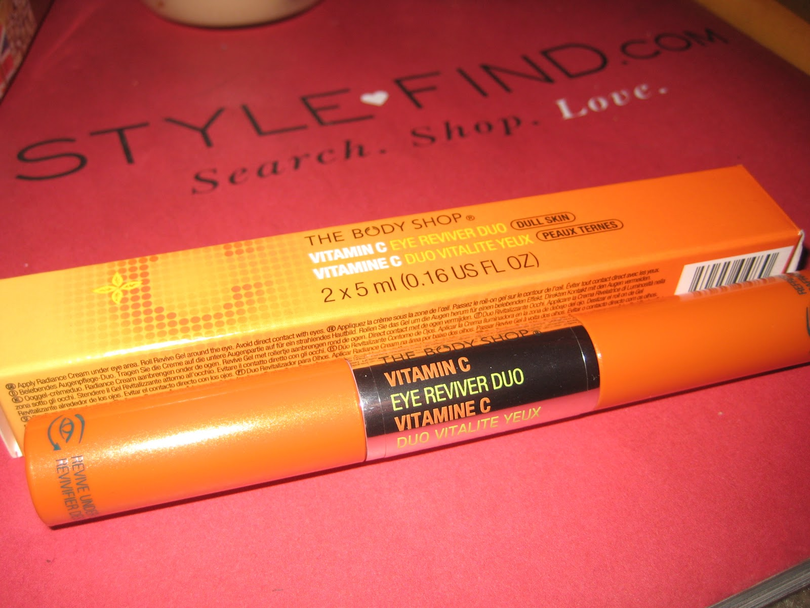 Vitamin c Eye Reviver Duo c in The Eye Reviver Duo