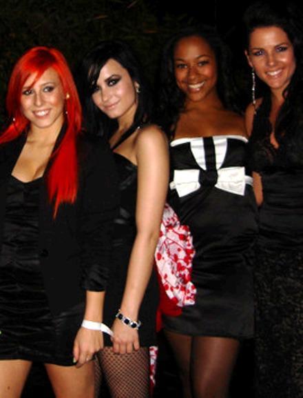 TU BLOG DE TEENS: Fiesta de Demi Lovato