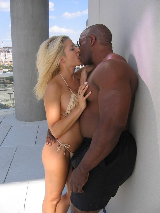 Black men kissing white girls
