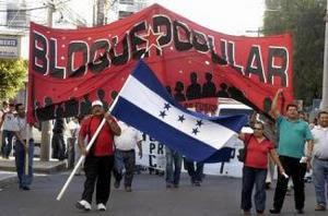 http://4.bp.blogspot.com/_sWDHVTx57uQ/SfWxejsG5eI/AAAAAAAAAZk/ruZppLgv5hc/s400/En-la-manifestacion-participaran-estudiantes-obreros-campesinos-y-maestros.-Protesta-anuncia-Bloque-Popular_noticia_full.jpg