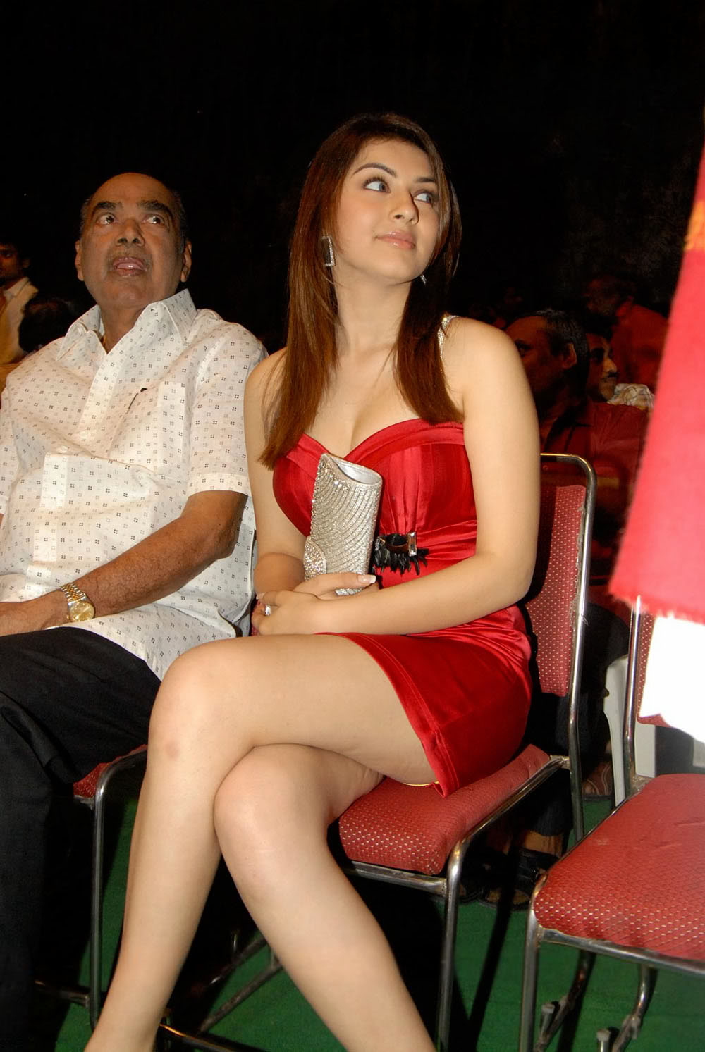hot bollywood  masala actress hanshika exposing thunder thighs in red hot chilli dress