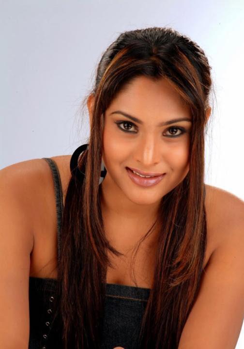 Kannada Actress Ramya Nude 105