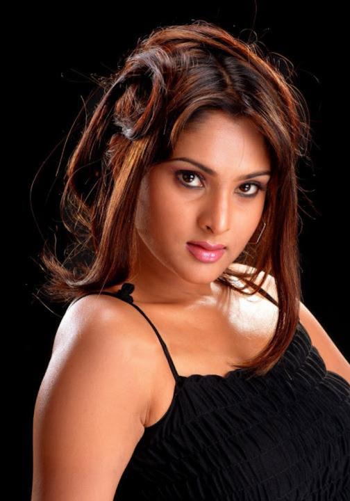 http://4.bp.blogspot.com/_sWvD24wJnx8/SsICGiA1hxI/AAAAAAAAKeE/2wY9oR7_1XQ/s720/ramya-kannada-hot-actress+%2821%29.jpg