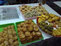 Kuih kuih at the pasar malam