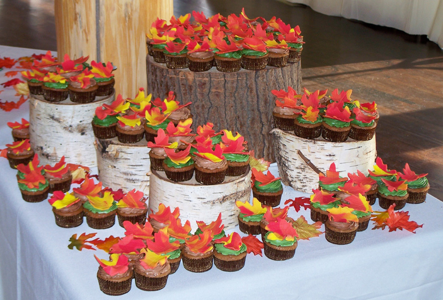 Wedding Cupcake Display Ideas