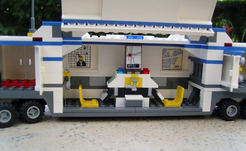 Notice de montage lego city 7743 - Camion de police lego city ...