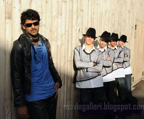 [Prabhas-Darling-Stills-Photos-wallpapers-04.jpg]
