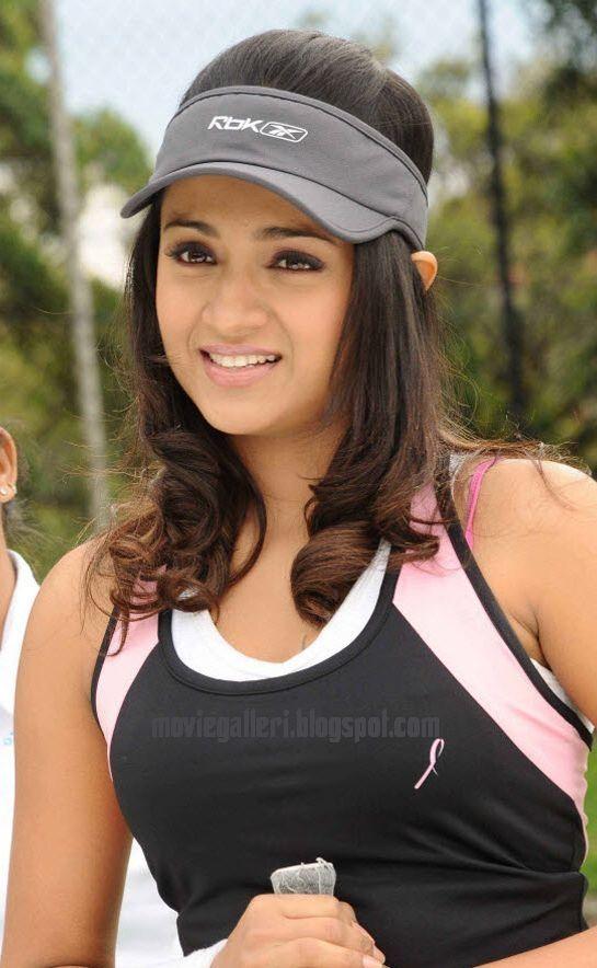 [Trisha+Krishnan+hot+tennis+player+stills+07.jpg]