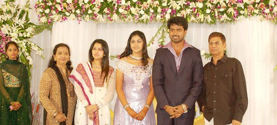 [Actor_Vikranth_Manasa_Wedding_Reception_Stills_Pictures_Photo_Gallery_Images_09.jpg]