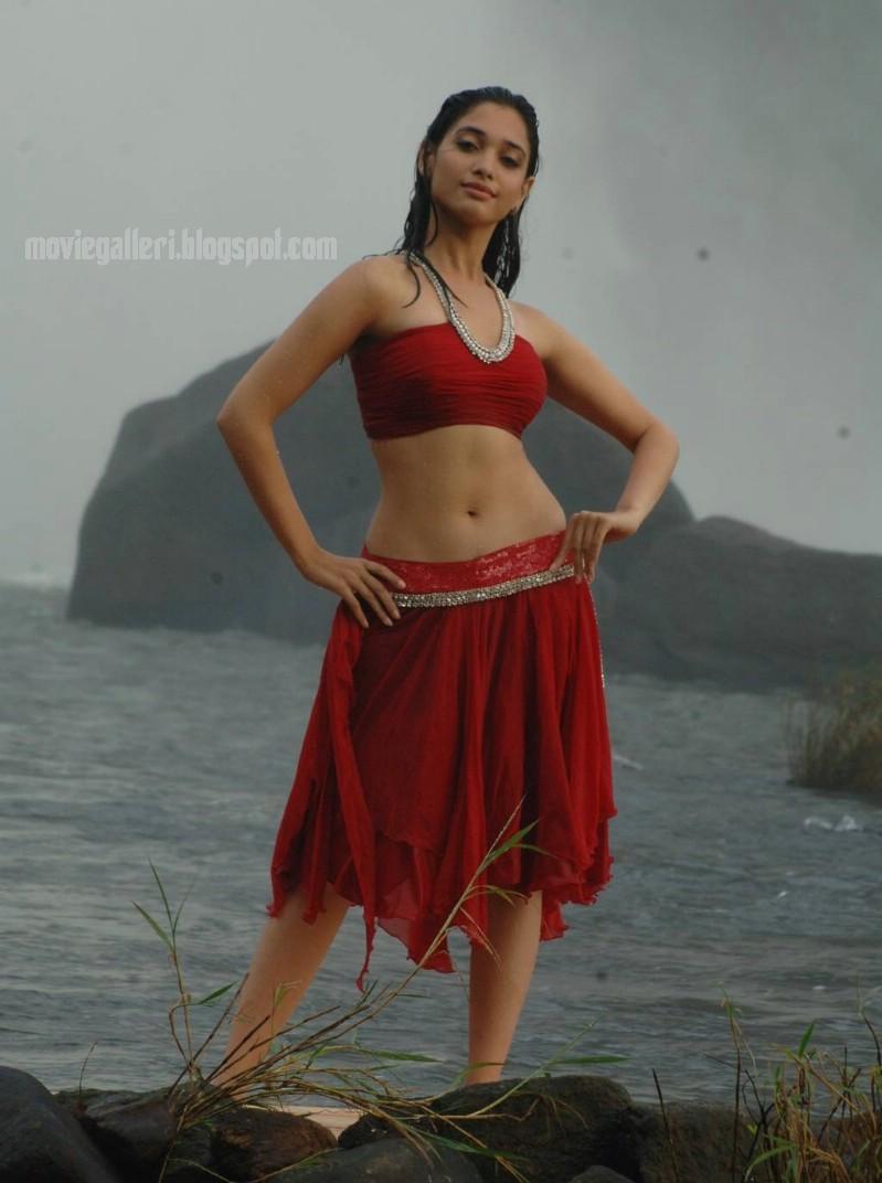 Paiya Movie Tamanna Pics