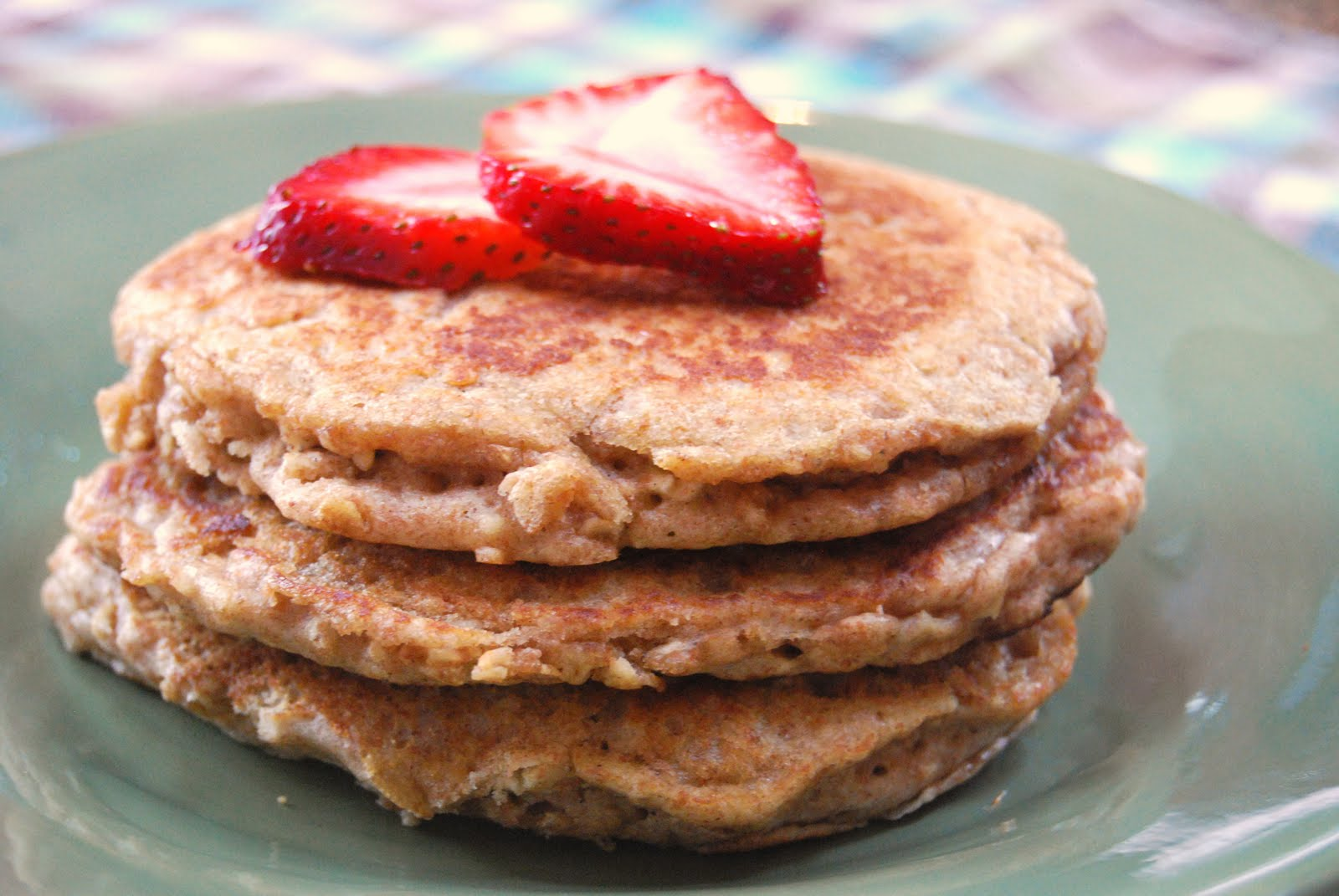 Whole Wheat Oatmeal Pancakes - Macaroni and Cheesecake