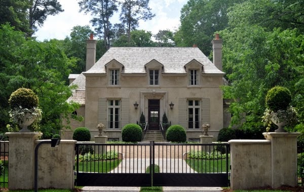 Whitehaven fun week in atlanta more is more may 3 9 for Classic french home design