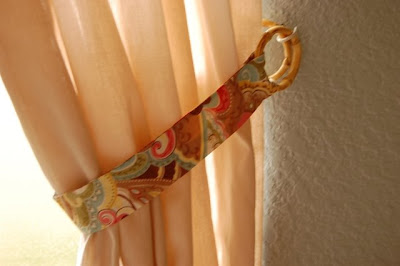 Eyelet - Wardrobe - Hold Back - Curtain Tape - Tie Back Hooks