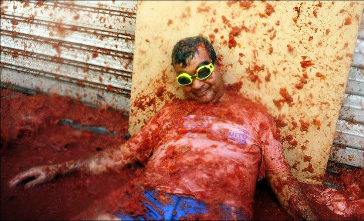 http://4.bp.blogspot.com/_sfcMeBUvAP0/TIADcVnUTwI/AAAAAAAAL1E/SntsbjA0Kng/S748/guerra+2.jpg