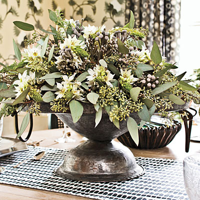 Lynn morris interiors 10 thanksgiving tabletop ideas for Simple christmas table decorations