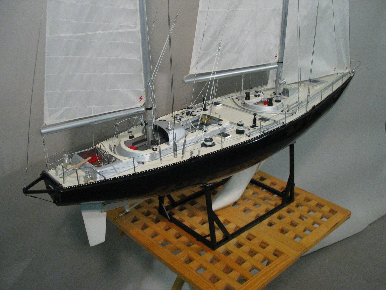 maquettes de voiliers mini marine pen duick vi. Black Bedroom Furniture Sets. Home Design Ideas