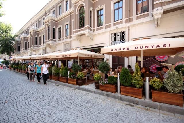Çikolata ve Kahve'nin Eşsiz Birlikteliği Beşiktaş Akaretler'de…