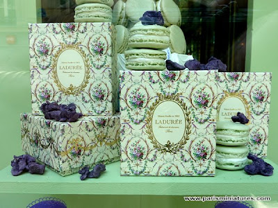 Spring - Summer Collection 2009 Ladurée Chateau de Versailles window display