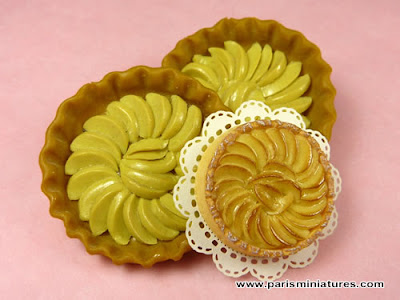 Miniature Apple Tart from 2009 and the 1980s