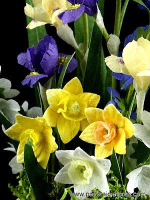 Miniature flowers by Emmaflam - Paris Miniatures