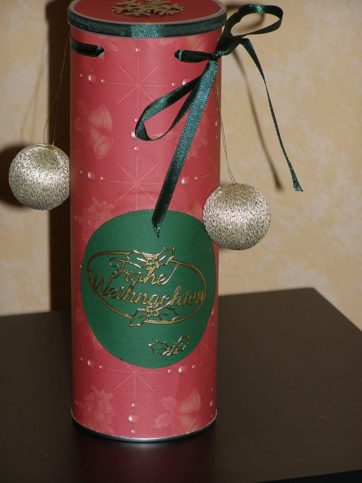 hobbyvita geschenkverpackung zu weihnachten. Black Bedroom Furniture Sets. Home Design Ideas