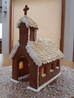 A front-view of the finished gingerbread church