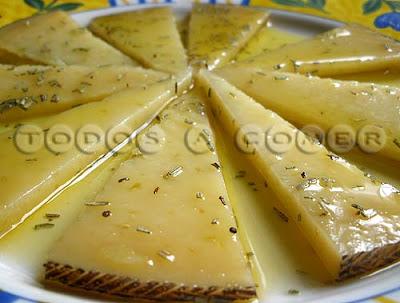 queso_aceiteromero_500px_1.jpg
