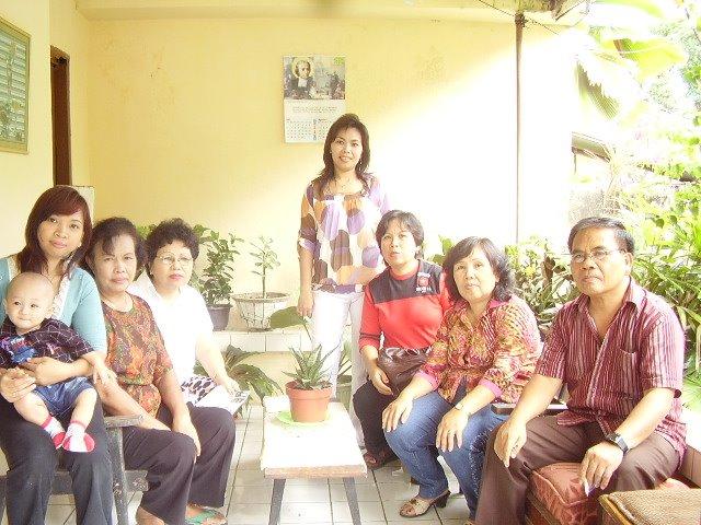 Ngumpul keluarga