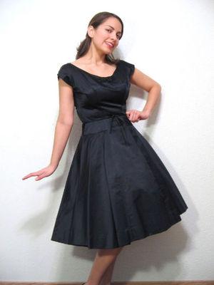 [dressy+black+dress.jpg]