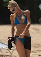 ParisHilton+DougReinhardt+hawaii+bikini+candids-2.jpg