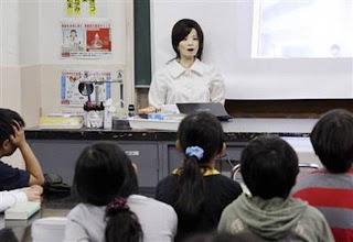 http://asalasah.blogspot.com/2012/04/8-robot-mengerikan-pemusnah-manusia.html