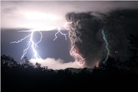 The Chaitén Volcano Lightning pics gallery