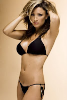 Rebecca Loos Ex David Beckham affair in a black bikini photoshoot images