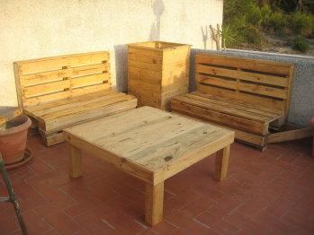 Muebles gratis con palets octubre 2010 for Bricolaje en madera gratis