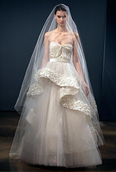 winter wedding dress 2010