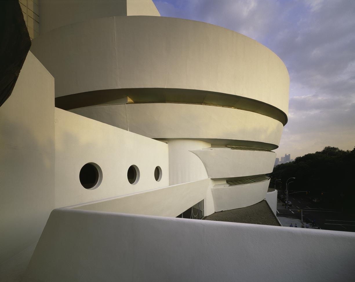 My architectural moleskine wright guggenheim museum for Museum designers