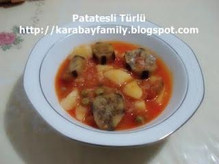 Patatesli Türlü แกงมันฝรั่งและมะเขือยาว