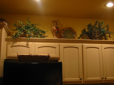 Kristen 39 s creations decorating kitchen cabinet tops How to decorate top of cabinets
