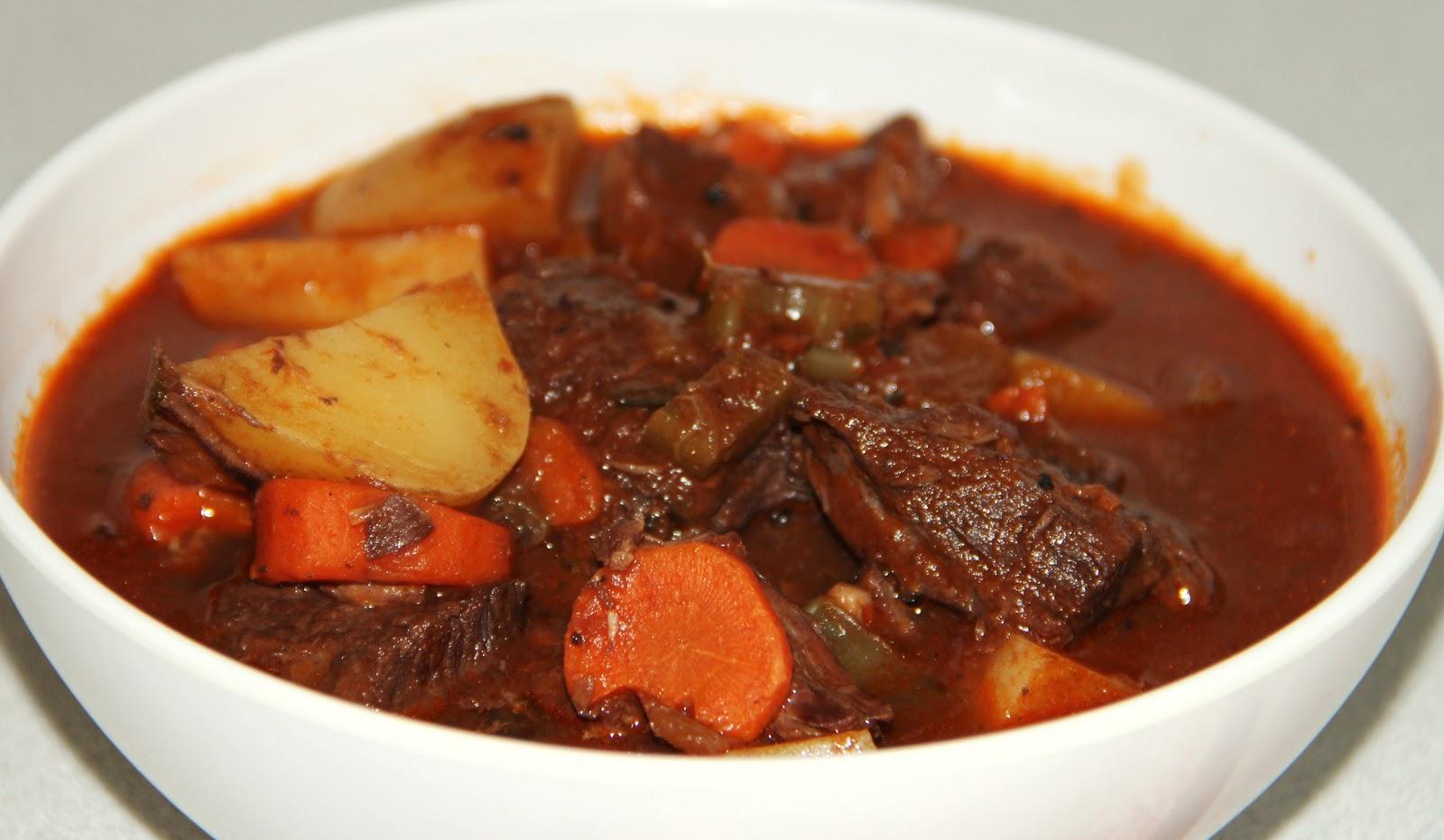 Bon Appetit Foodie: Recipe: Hearty Beef Stew