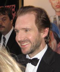 Ralph Fiennes (Lord Voldemort) pode se juntar ao elenco de 007 | Ordem da Fênix Brasileira