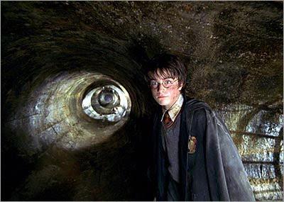 Há 8 anos, estreava no Brasil 'Harry Potter e a Câmara Secreta' | Ordem da Fênix Brasileira