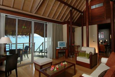 Knock Down Wooden House & Luxury Villa