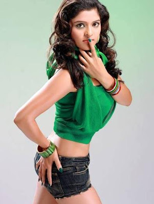 Upcoming Model Sneha Chopra In cute Look