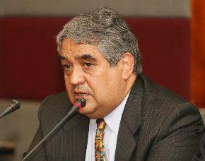 Ex ministro de Economía Luis Valdiviezo
