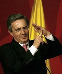 se allana el camino para tercera postulación del Presidente Uribe