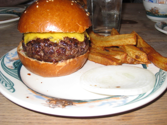 burger bedlam a search for the best burger in nyc best burgers in nyc best burgers nyc. Black Bedroom Furniture Sets. Home Design Ideas