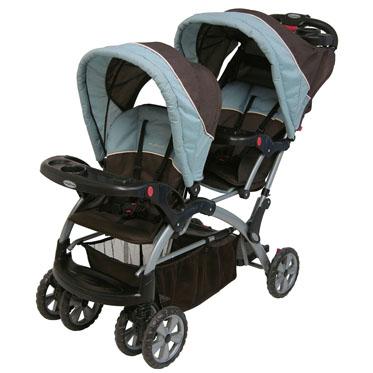 Baby Trend Triple Stroller http://criandomultiples.blogspot.com