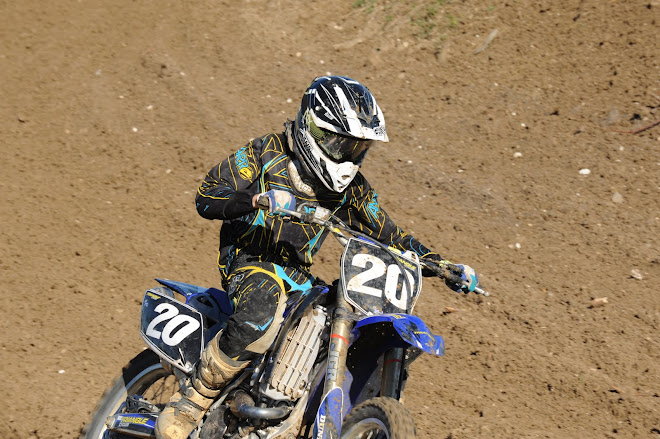 Aaron on YZ250F