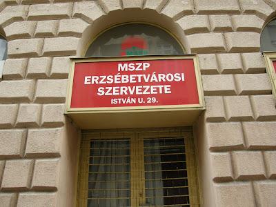 Budapest, Erzsébetváros, Piros Pont, MSZP, iroda, István utca, Piros Pont
